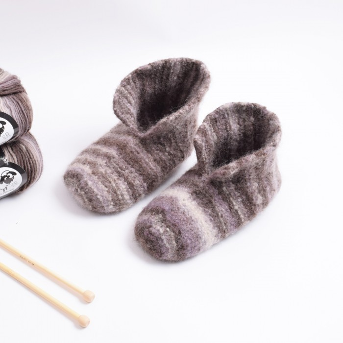 Felted Slippers - Knit Patterns Hobbii