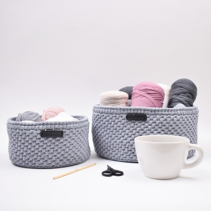 Ribbon Basket with round leather base – Classic Patterns