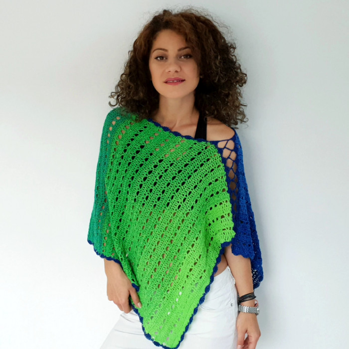 Green Sea Poncho Mönster