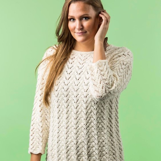 1724-1 – Gemusterter Pullover aus Mayflower Easy Care Cotton Merino. Anleitungen Mayflower