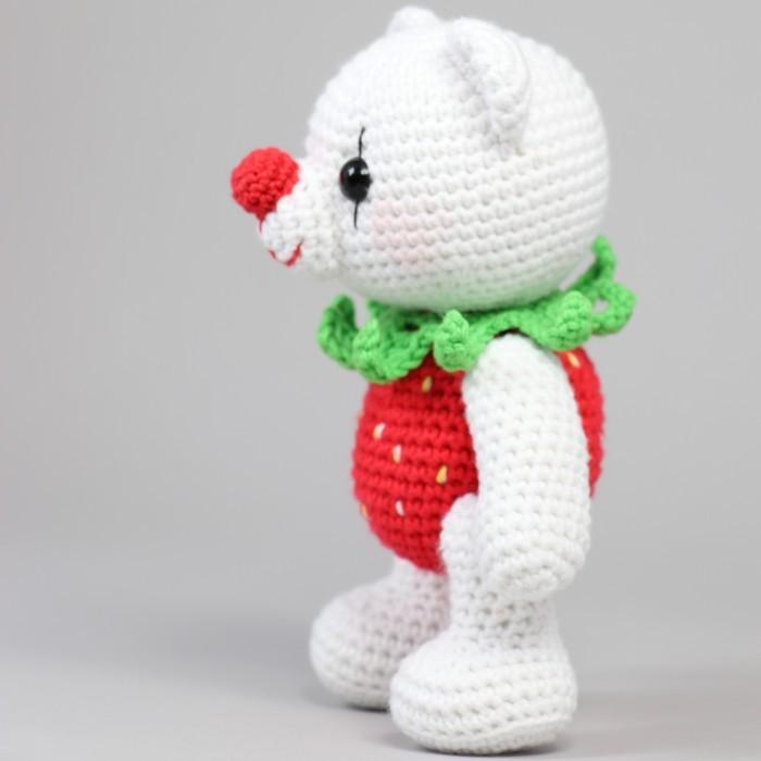 Crochet Amigurumi Strawberry - Large and Small Sizes | Bohemian Cat | 700x700