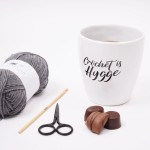 Coffee mug XL Crochet is hygge Accessories Hobbii