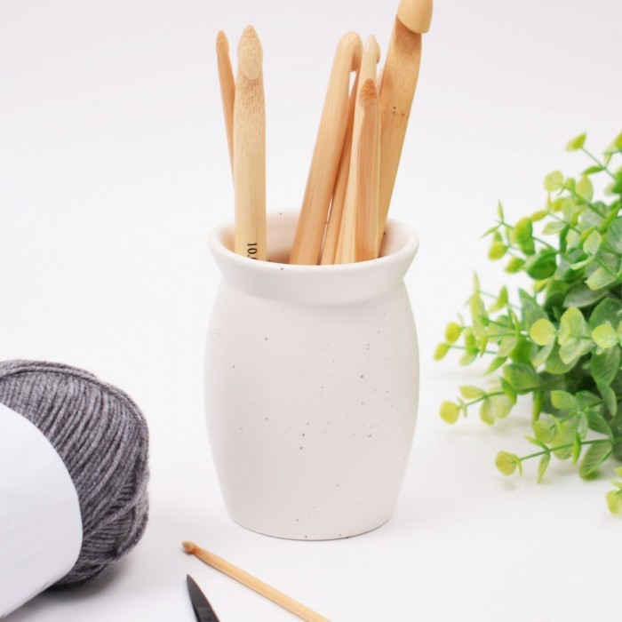 Vase for Crochet Hooks Storage/Plastic Boxes Hobbii