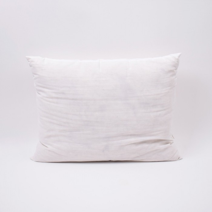 Pillow Deluxe 40 x 50 cm (1.3 x 1.6 ft) Accessories Hobbii