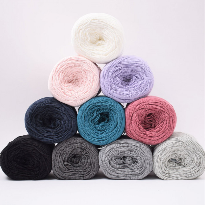 Twister Solid Yarn Hobbii