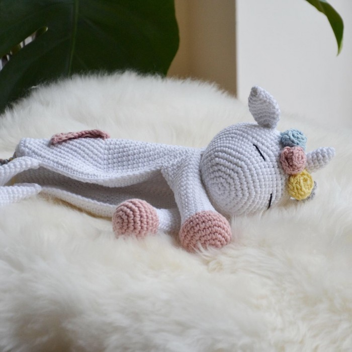 Unicorn – Comforter Patterns