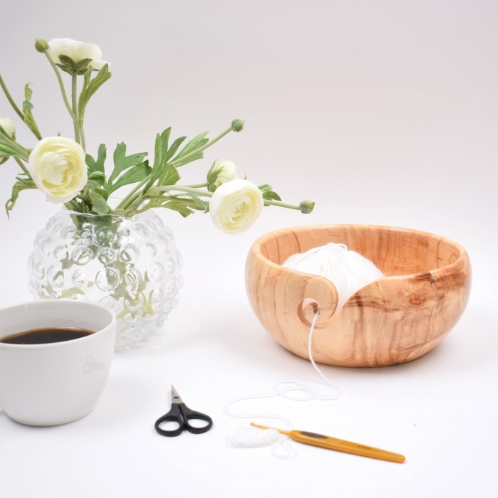 Yarn Bowl, Pine Wood 23 x 10 cm (9 x 4 inches) Yarn Bowls Hobbii