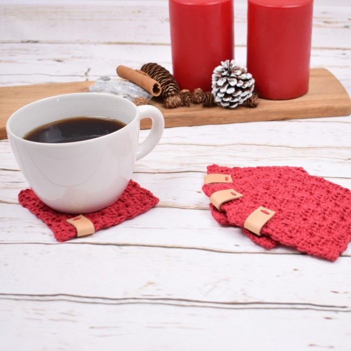 """C2C"" Christmas coasters Patterns"
