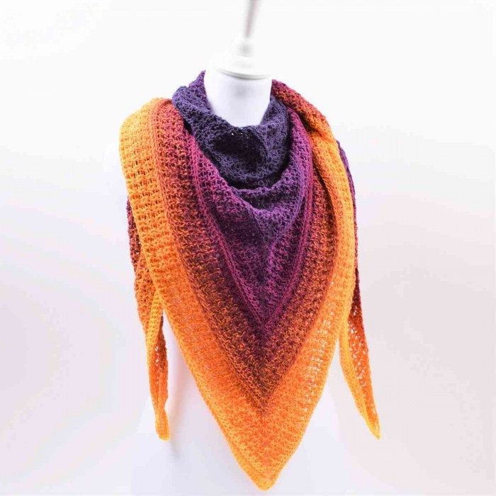Timeless shawl - Twirls Deluxe Patterns