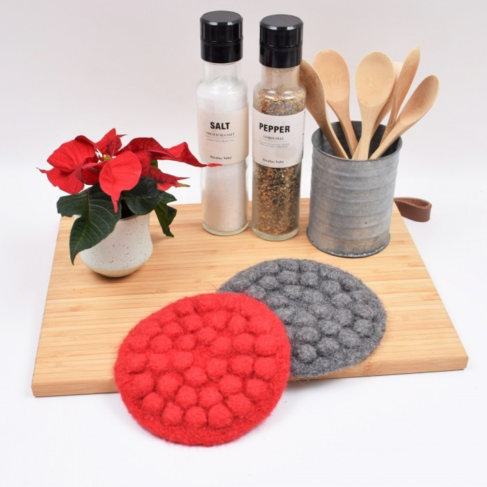 Felted Christmas Trivet with Bubbles Patterns